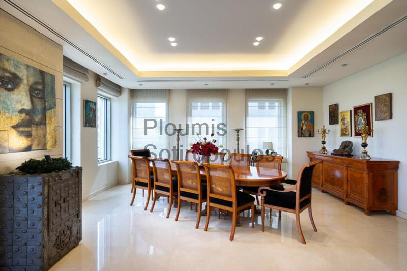 Prominent Building in the Presidential Palace area Greece for Sale