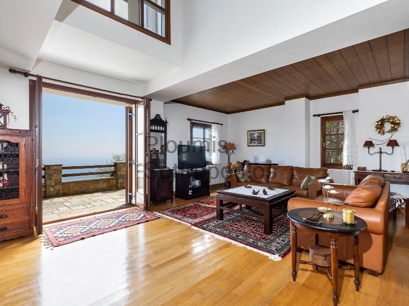 Traditional Luxury in Tsagarada, Pelion Greece for Sale