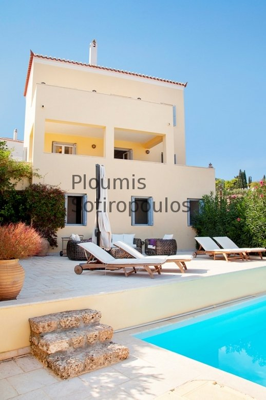 Contemporary Home Above Dapia, Spetses
