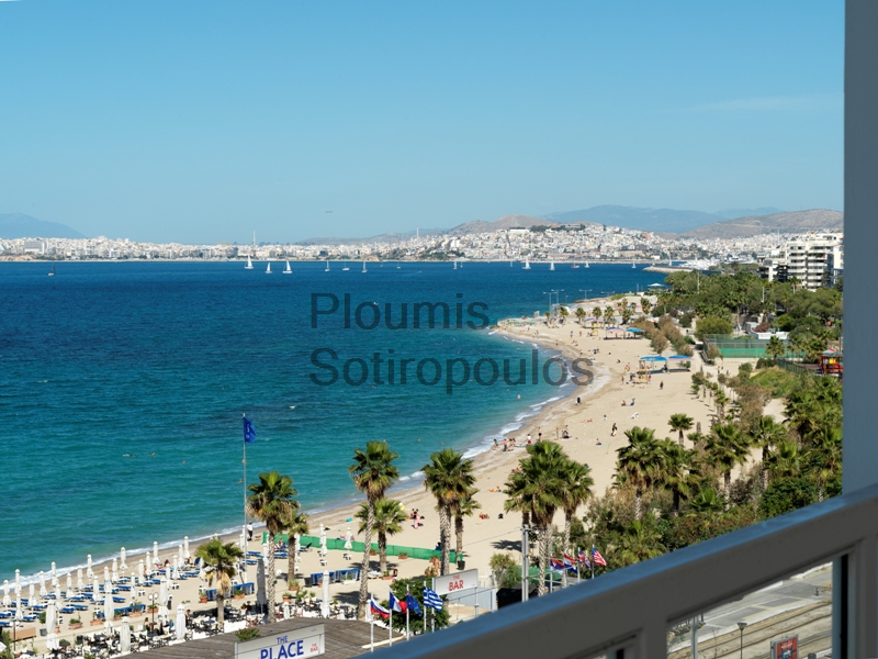 Luxurious Apartment facing on the beach, Palaio Faliro
