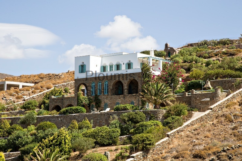 An Artists Haven in Tinos