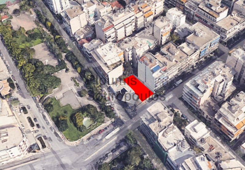 Central plot of land next to Kallithea train station