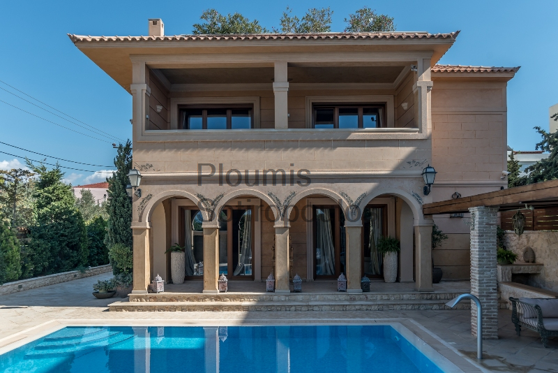 Luxurious villa in Pigadakia, Voula
