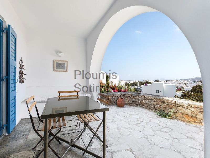 The Ideal Pied à Terre in Mykonos