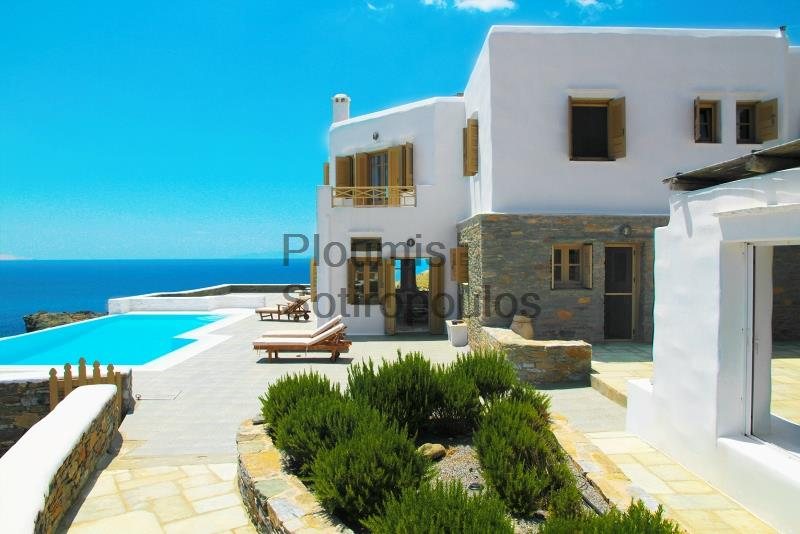 Seafront Villa in Kythnos Greece for Sale