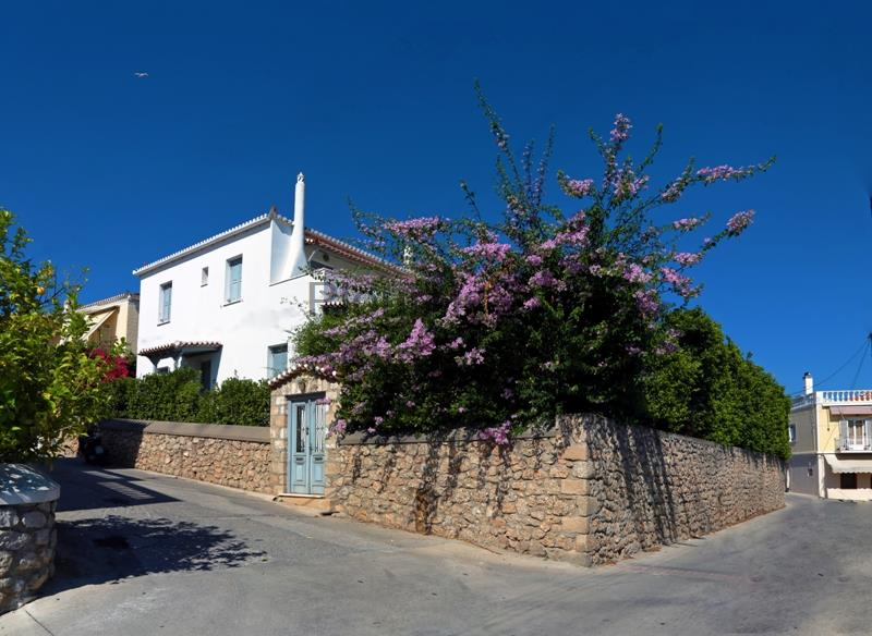 Residence with a Garden Near the Old Port, Spetses
